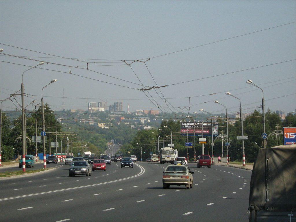 Иномарка сбила школьницу на «зебре» в Нижнем Новгороде