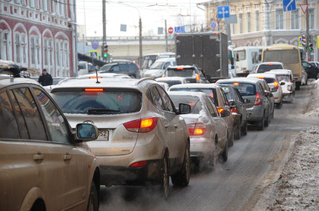 Нижний Новгород сковали 7-балльные пробки