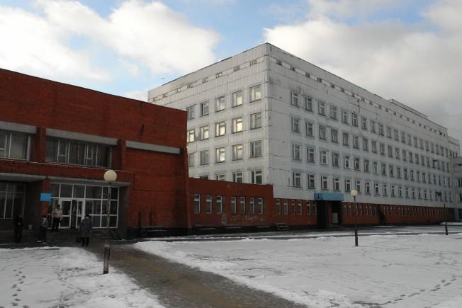 Чтобы поддержать и помочь. Глеб Никитин посетил онкоотделение детской областной больницы