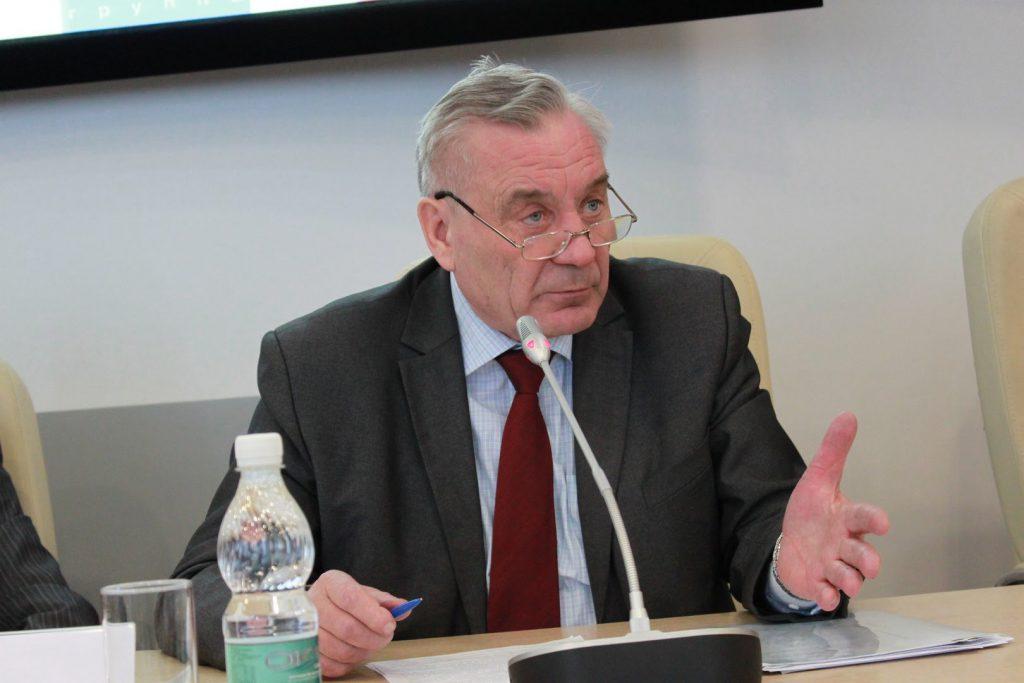 Валерий Цыбанев: «Губернатору досталось нелегкое время, связанное с эпидемией, но ему удалось достичь равновесия»