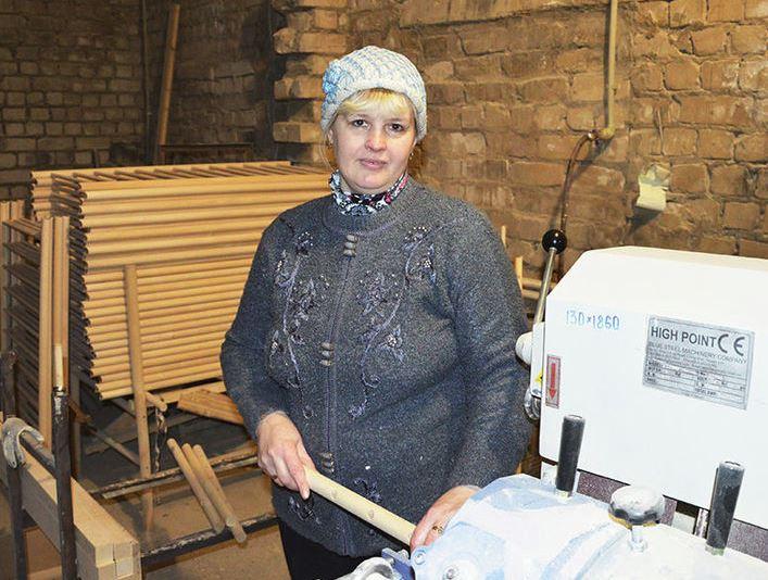Жительница Нижегородской области организовала производство уникальных детских кроваток