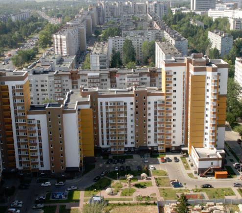 За что жителей многоэтажек насильно загоняют в ДУКи