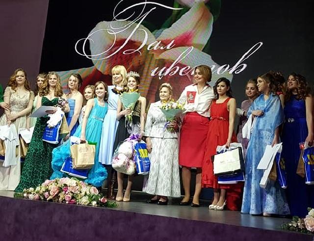 «Тебе, моя дорогая девочка!» Благотворительный бал для воспитанниц детских домов прошёл в Нижнем Новгороде