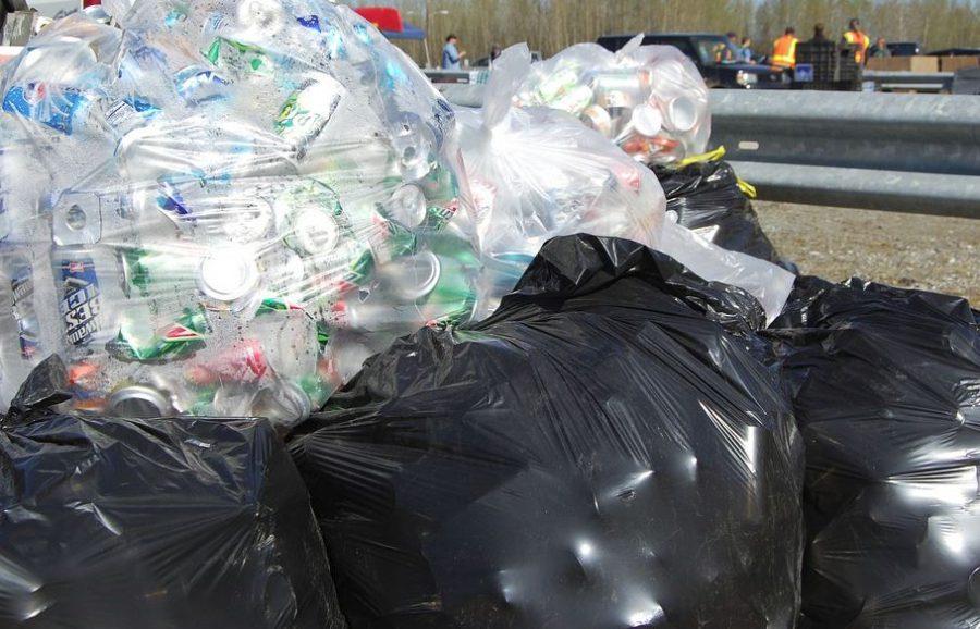 В Дзержинске убрали свалку мусора после обращения жителей