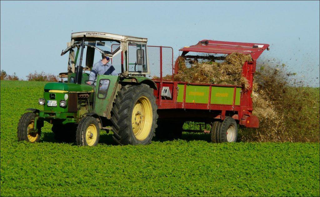 Нижегородские аграрии приступили кзаготовке кормов для животноводства