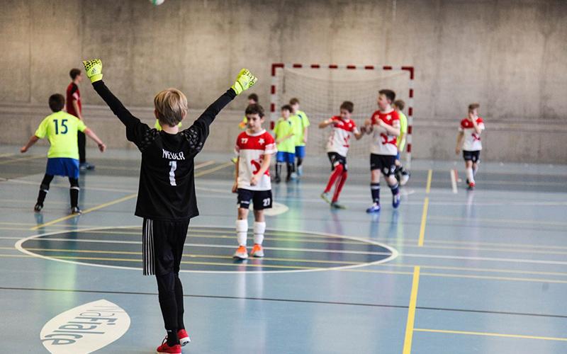 «Единая Россия» предлагает включить малые города в проект по реконструкции сельских спортзалов
