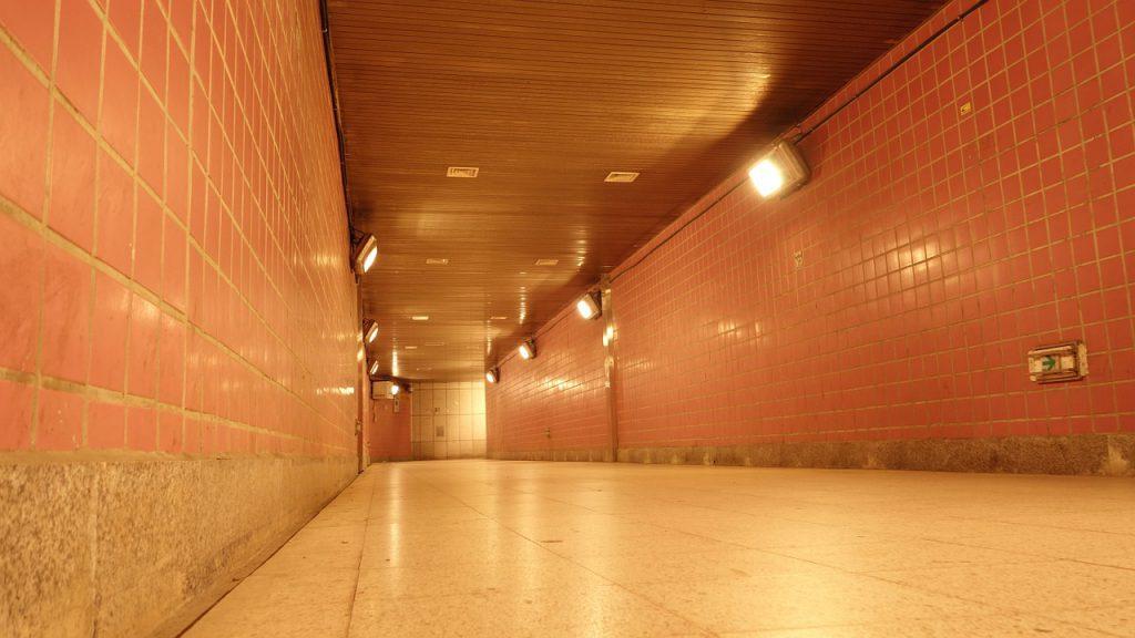 Подземный переход на площади Лядова без предупреждения закрыли на ремонт