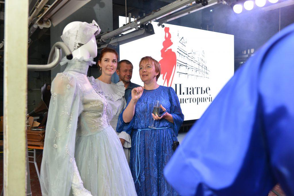 Оксана Федорова, Наталья Водянова и Алена Ахмадуллина привезли в Нижний Новгород самые дорогие для них платья