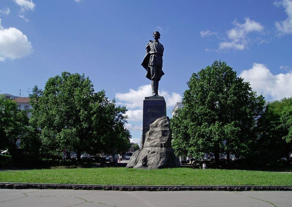 Ниже Горького: почему Иосиф Сталин назвал наш город в честь известного писателя