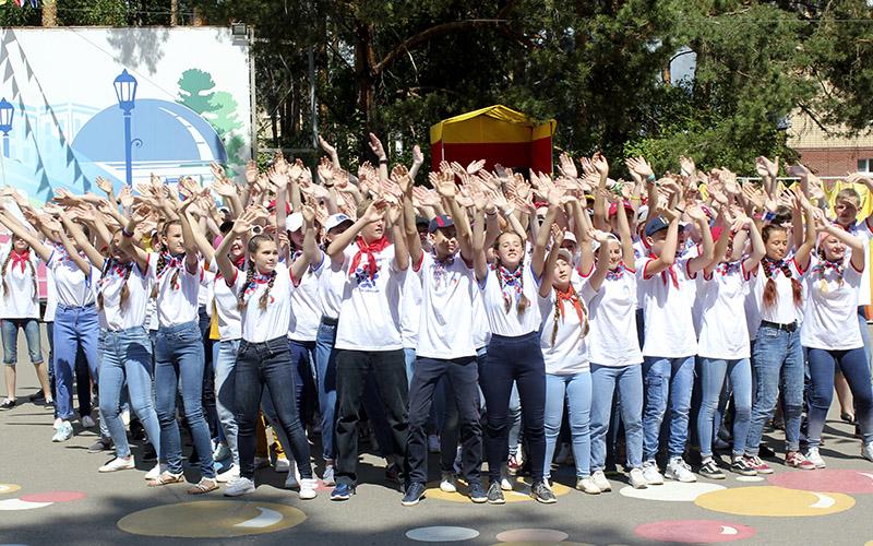 Юные нижегородцы могут принять участие в сборах одаренных детей в «Лазурном»