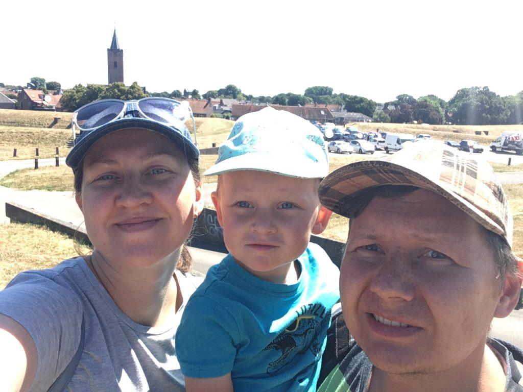Семья Моричевых: «Голландские дети используют лужи как игровые площадки»