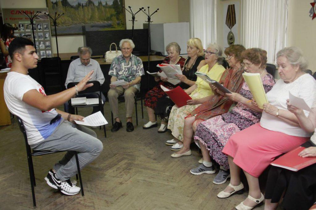 В Нижнем Новгороде руководить хором ветеранов взялся студент