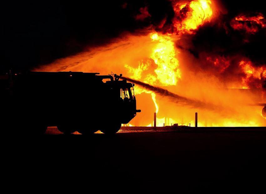 Глеб Никитин поручил оказать необходимую помощь многодетной семье, чей дом сгорел вВознесенском районе