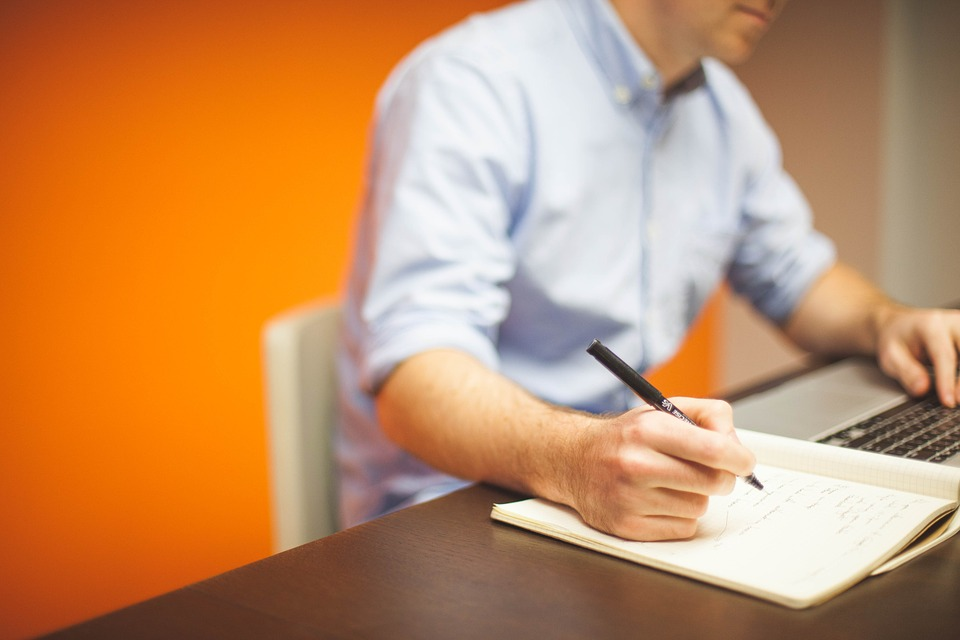 ВТБ предлагает ипотечным заемщикам онлайн-заказ оценки квартир