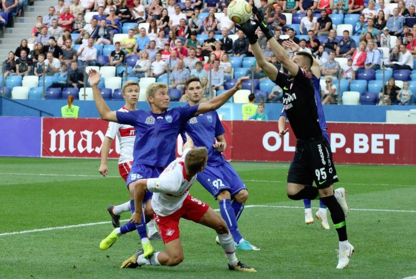 В четырёх последних турах ФК «Нижний Новгород» потерпел три поражения со счётом 0:1