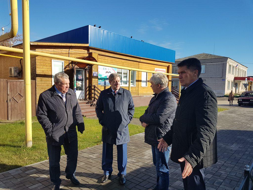 Андрей Чертков проверил благоустройство общественных площадок в двух районах Нижегородской области