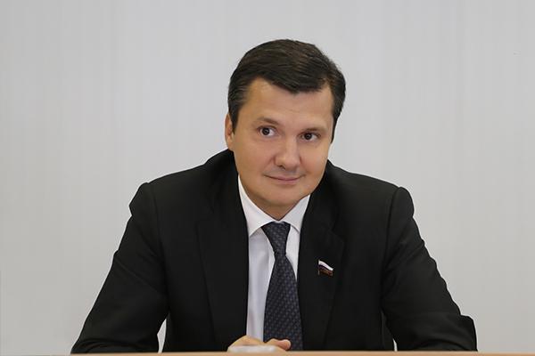 Нижегородский депутат Госдумы Денис Москвин заболел коронавирусом