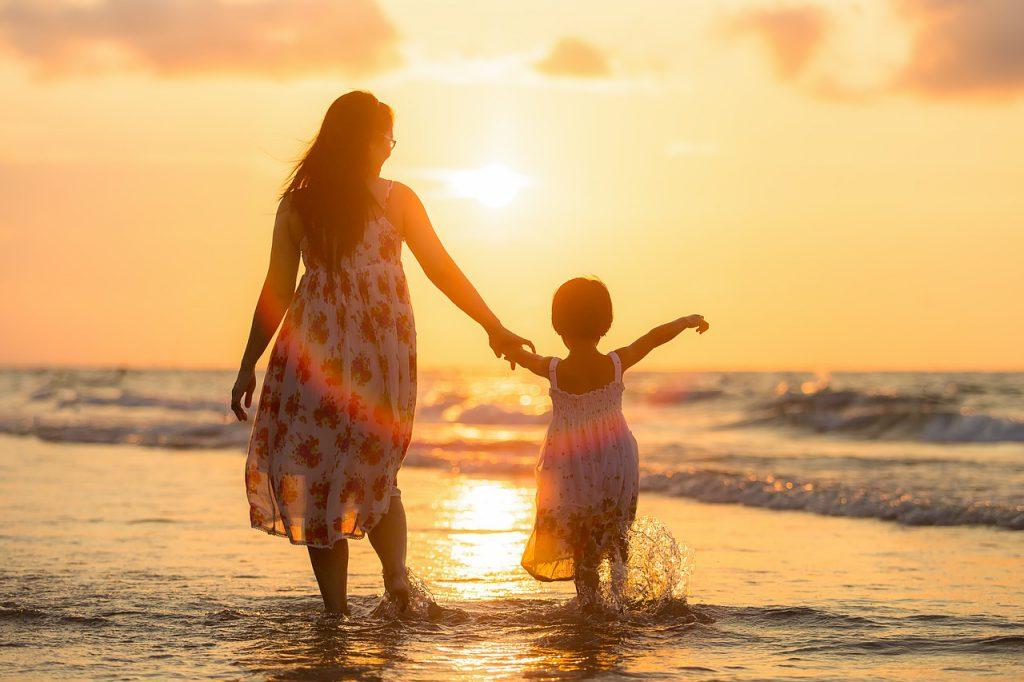 «Женское мужество» против детского рака: мамы детей с онкологией поделились своими историями