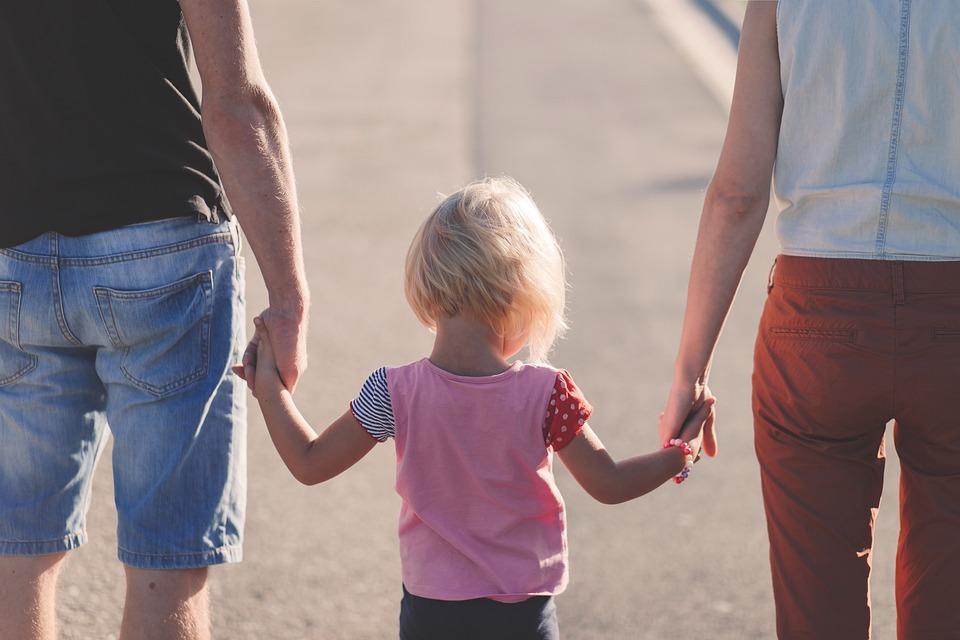 Доверие, любовь и уважение: нижегородские пары из клубов молодых семей поделились секретами счастья