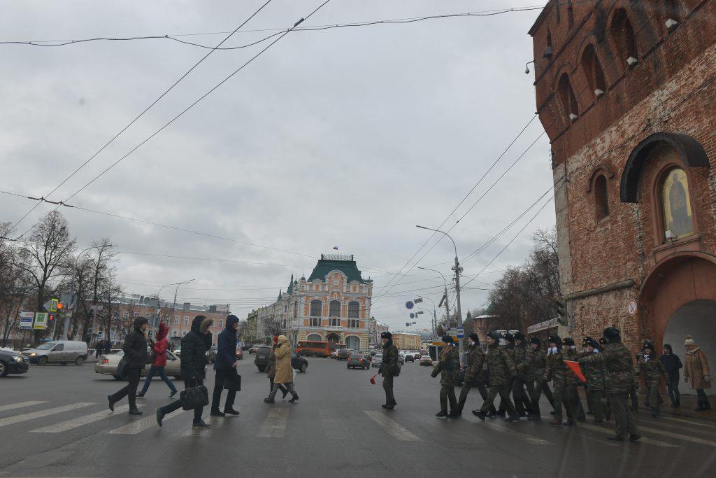 Ограничения движения введут перед Днём народного единства: рассказываем, какие улицы нужно объехать
