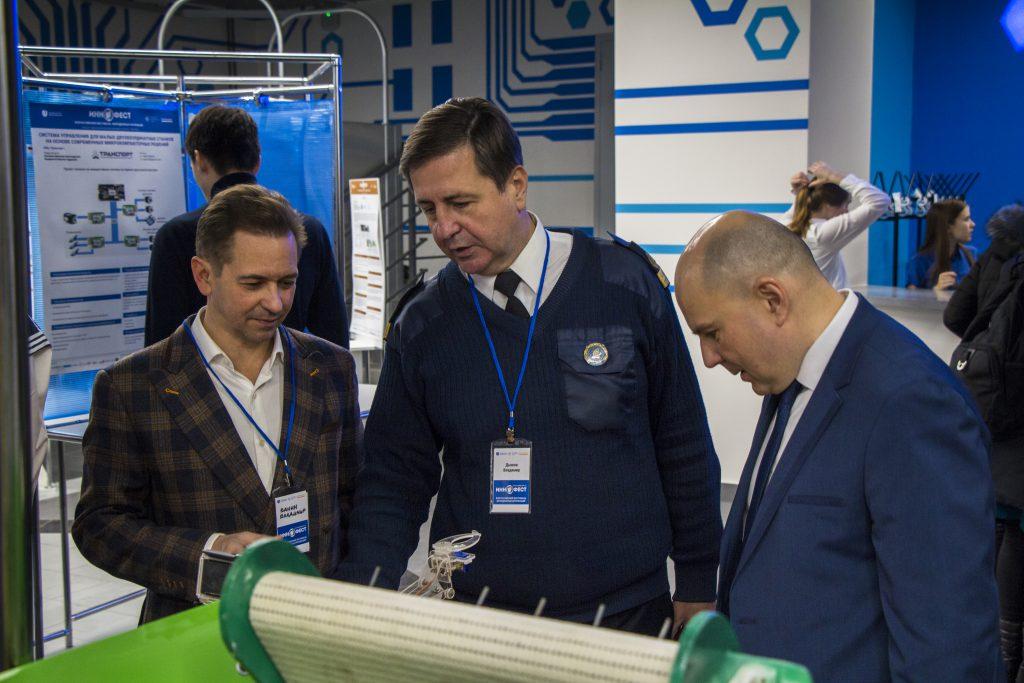 Молодые российские ученые представили свои инновационные разработки в Нижнем Новгороде