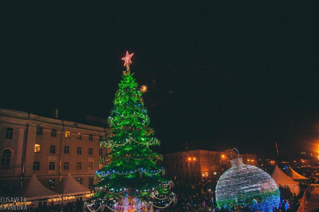 Елки во всех районах Нижнего Новгорода будут установлены к 20 декабря