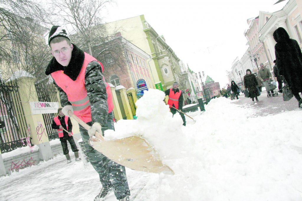 Снежный плен. Как нижегородские коммунальщики справляются со стихией