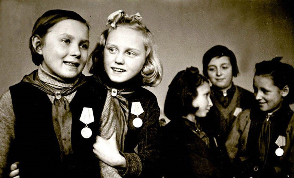 75 мгновений блокадного Ленинграда. Самые пронзительные фотографии осажденного города