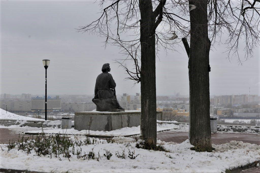 Нижегородская прокуратура внесла представление в адрес администрации города на плохое содержание памятника Горькому