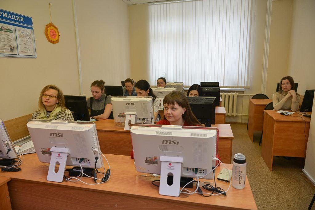Декрет онлайн. Молодым нижегородским мамам рассказали, как совмещать работу и отпуск по уходу за ребенком