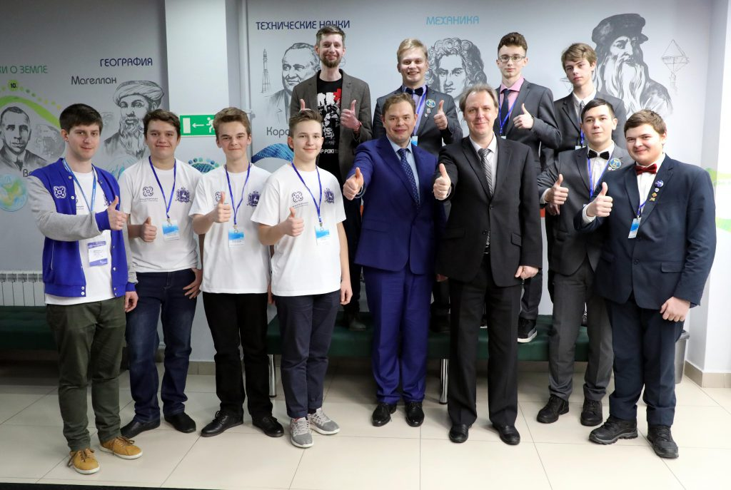 Нижегородские школьники впервые вышли в финал всероссийской инженерной олимпиады