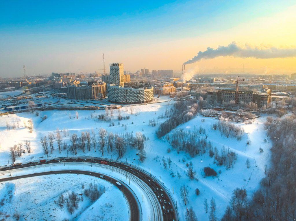 Холодное весеннее утро над Окским съездом