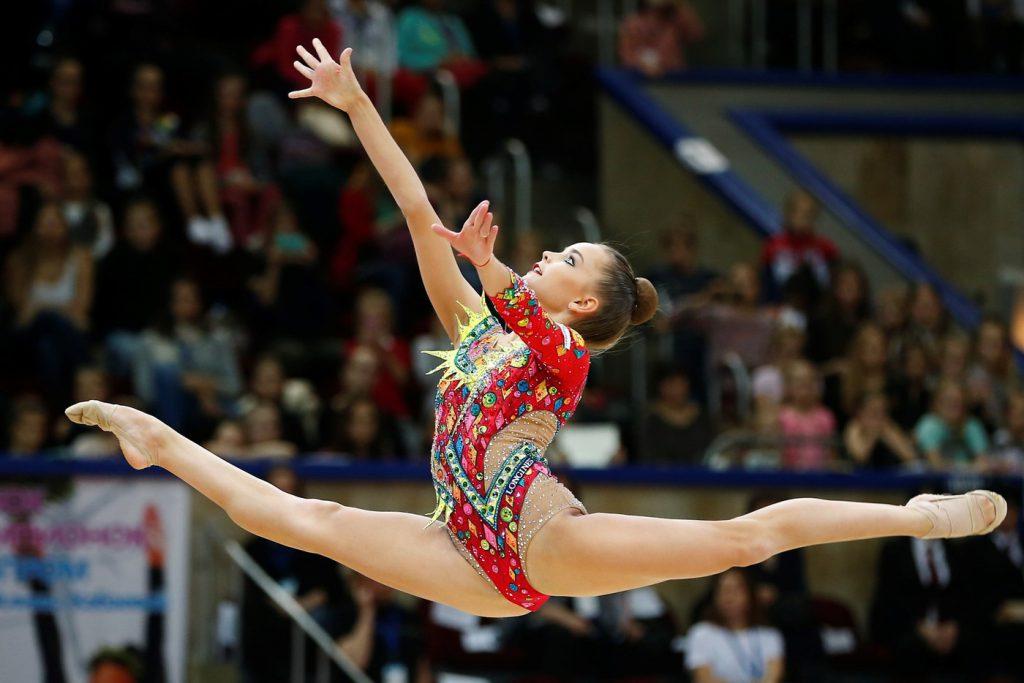 Сёстры-гимнастки завоевали шесть золотых медалей на этапе Кубка мира
