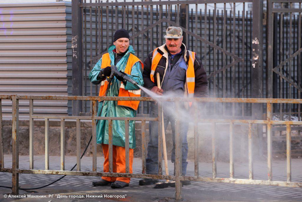 В Нижнем Новгород начали мыть улицы
