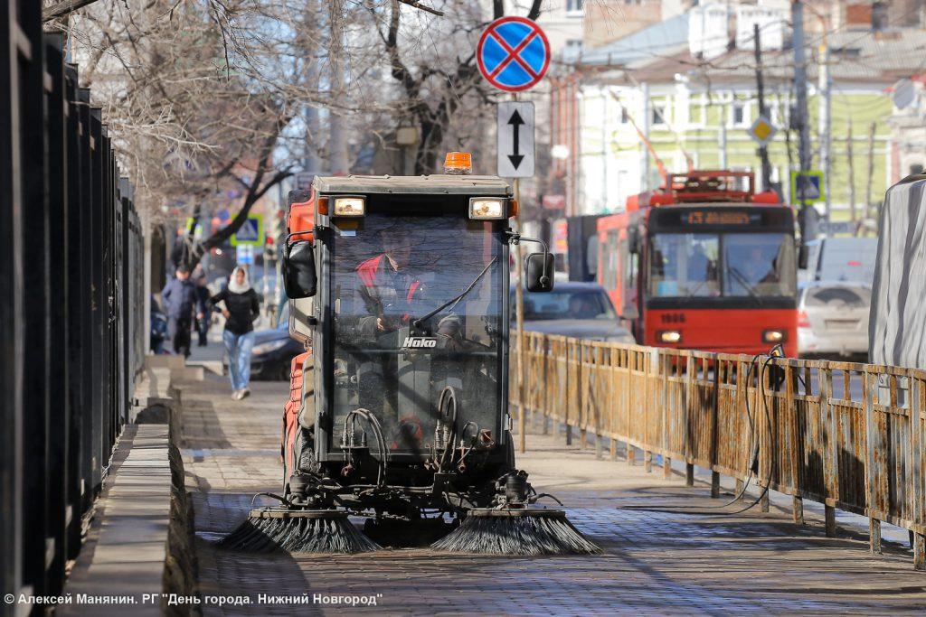 Фото дня. В Нижнем Новгороде вымоют дороги и тротуары