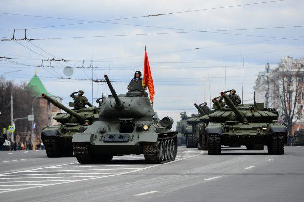 парад 9 мая танки день победы