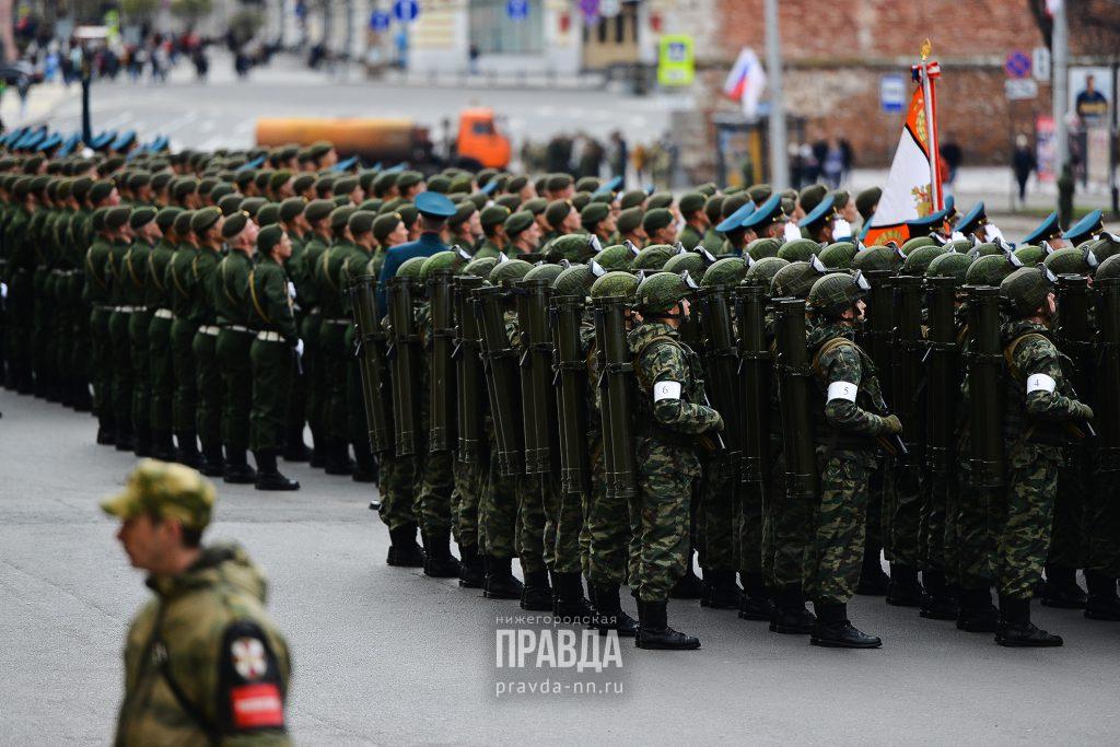 Больше половины нижегородцев считают российскую армию основой свободы и независимости страны