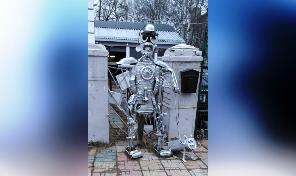 Стимпанковского робота с собачкой собрали нижегородцы