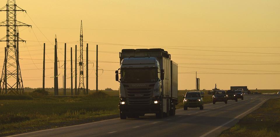 Транзитные грузовики больше не пустят в столицу
