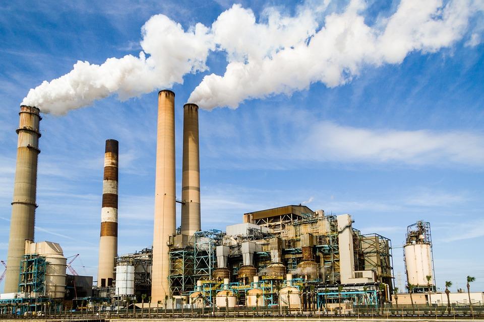 Нижегородцы жалуются на невыносимый запах газа на улице