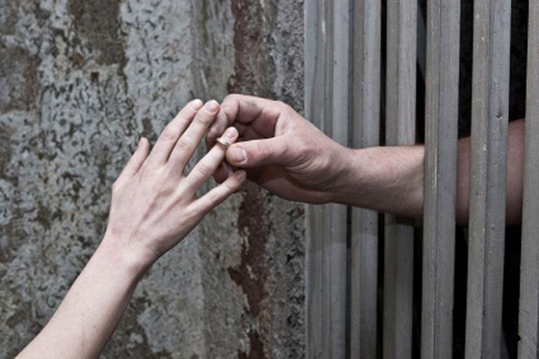 Заключённый колонии клялся нижегородке в любви, а сам «раскрутил» её на кредит