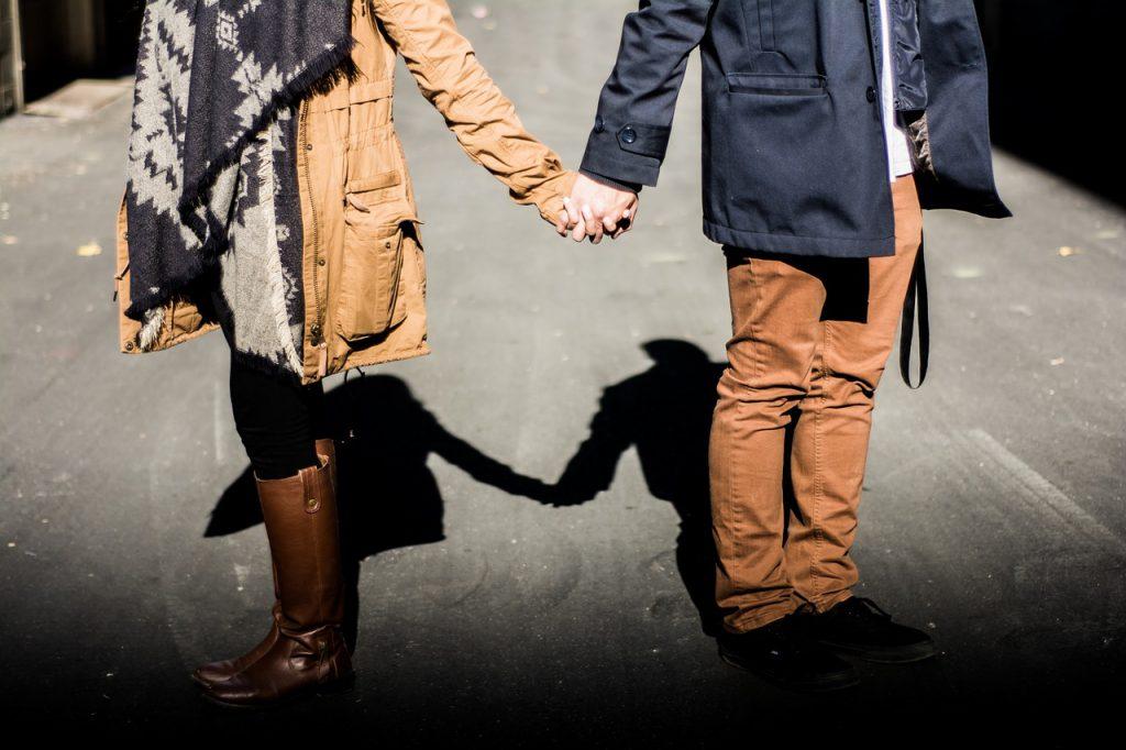 Ушла налево: как коронавирус влияет на женскую верность