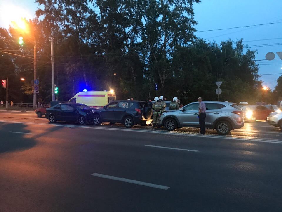 Трое детей пострадали в ДТП на проспекте Гагарина (ФОТО, ВИДЕО)