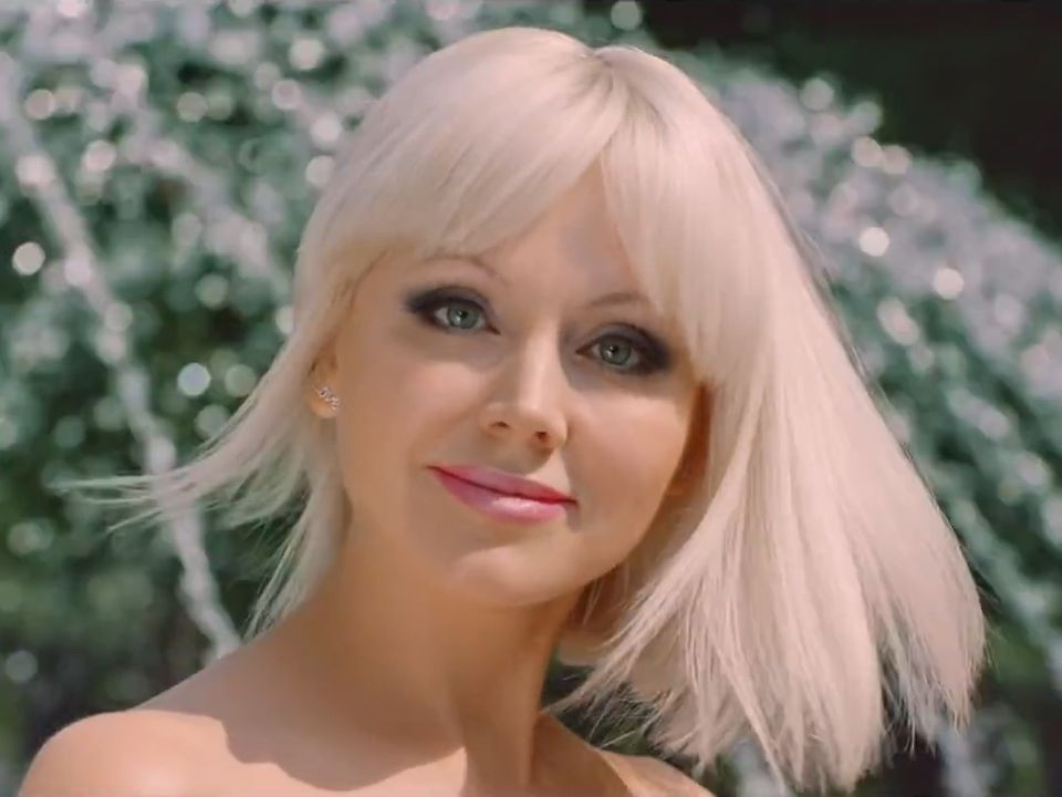 Певица Натали позвала своих поклонников «поехать на дачу»