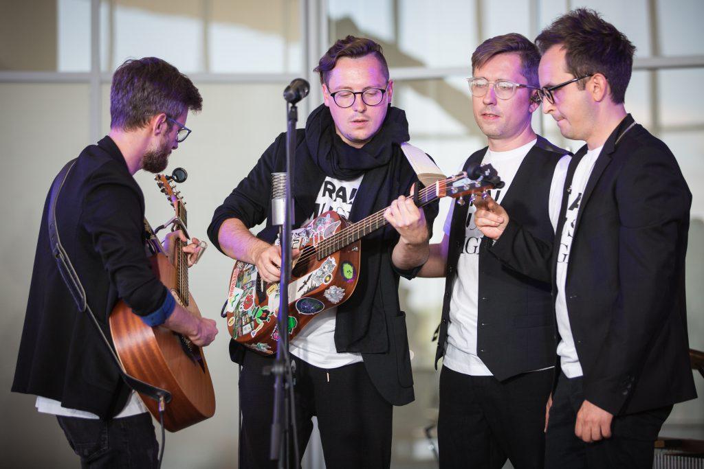 Хедлайнеры Ural Music Night выступили в аэропорте «Стригино»