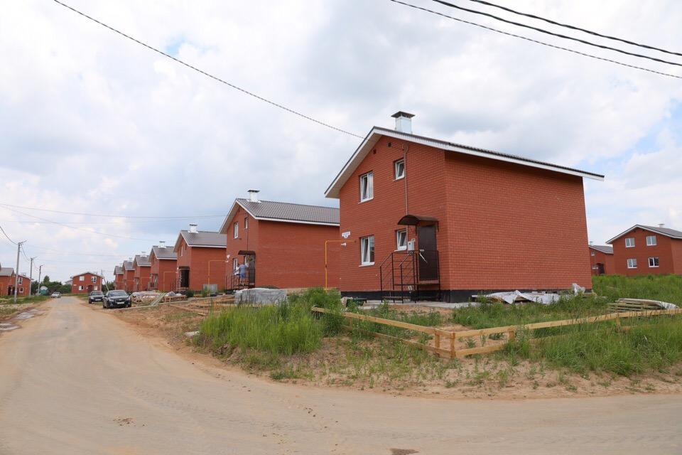 Нижегородцев заселили в новые дома с плесенью
