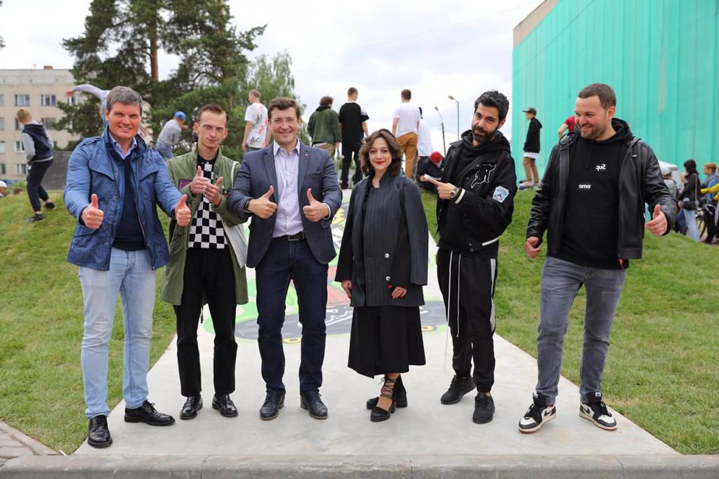 Глеб Никитин обсудил развитие уличного искусства сРомом Леви