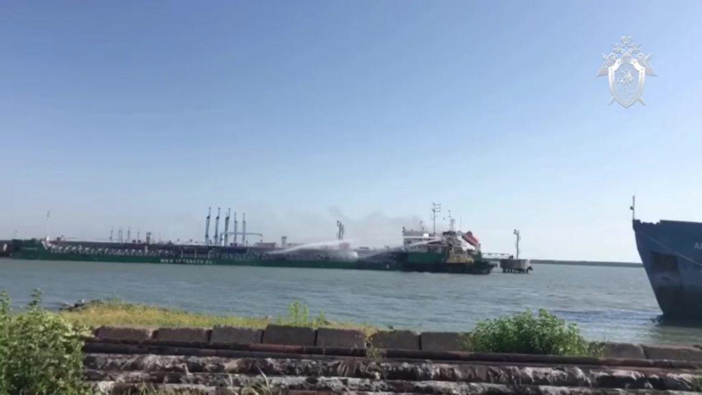 3 человека погибли из-за взрыва на нижегородском танкере в Махачкале