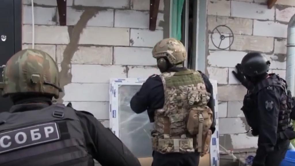 Членов религиозной экстремистcкой организации задержали в Нижнем Новгороде (ВИДЕО)