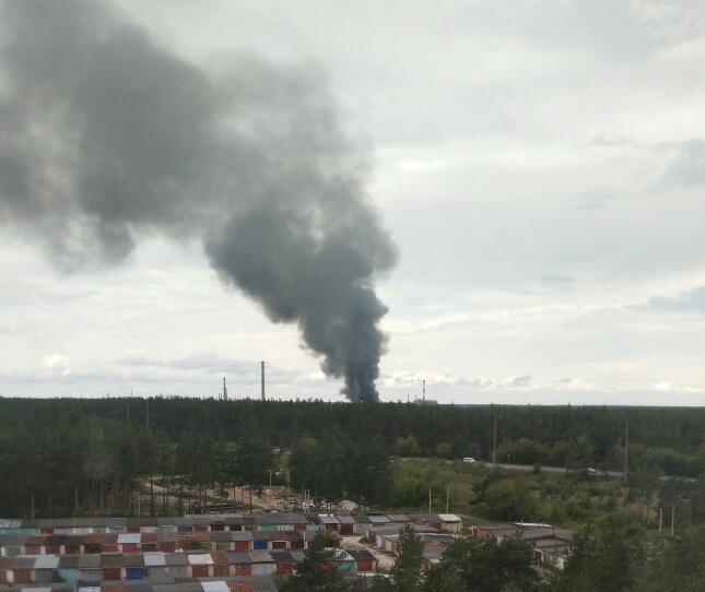 Завод «Заря» горит в Дзержинске (ОБНОВЛЕНИЕ от 17:07)